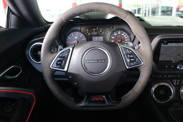 2018 Chevrolet Camaro 2SS/SS 1LE TRACK PERFORMANCE PKG - NAV - MAG RIDE! Mooresville , NC 6