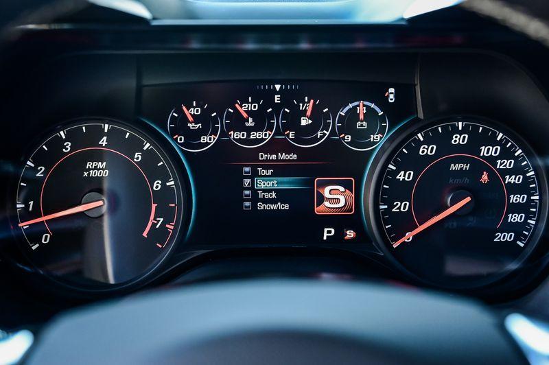 2018 Chevrolet Camaro 6.2L V8 8-SPD AUTO/455HP/SS/COUPE/VERY NICE!! in Rowlett, Texas