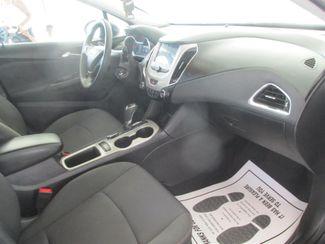 2018 Chevrolet Cruze LS Gardena, California 8