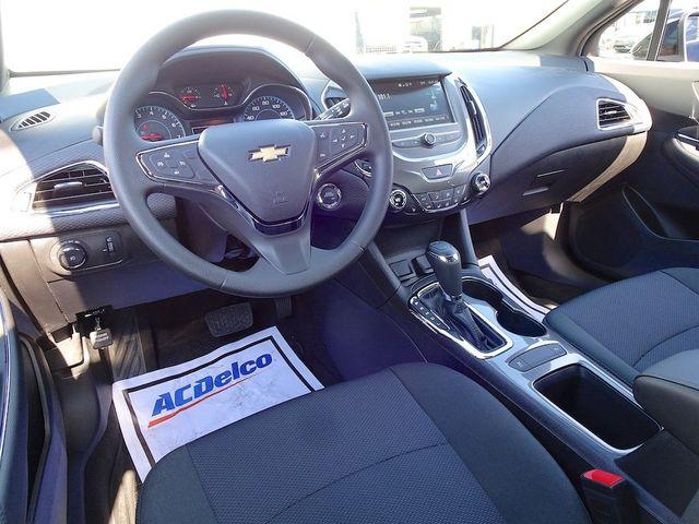 2018 Chevrolet Cruze LT Madison, NC 36