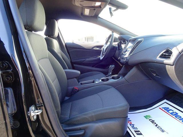 2018 Chevrolet Cruze LT Madison, NC 38