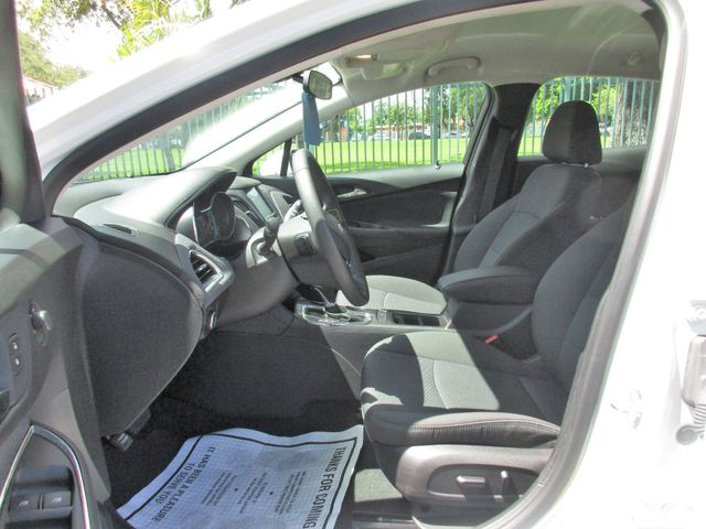 2018 Chevrolet Cruze LT Miami, Florida 7