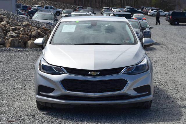 2018 Chevrolet Cruze LT Naugatuck, Connecticut 7