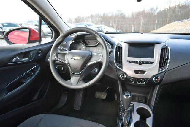 2018 Chevrolet Cruze LS Naugatuck, Connecticut 15