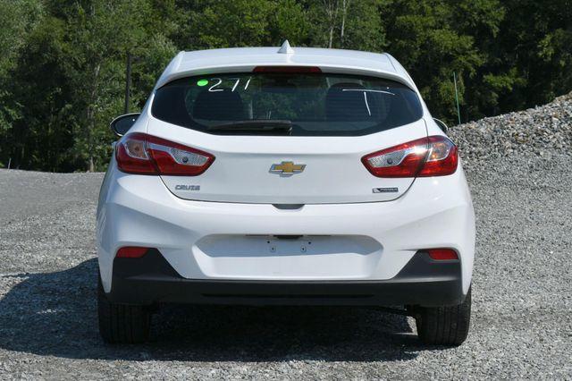 2018 Chevrolet Cruze Premier Naugatuck, Connecticut 3
