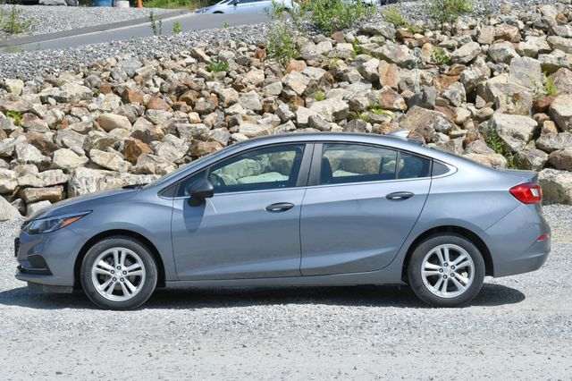 2018 Chevrolet Cruze LT Naugatuck, Connecticut 1