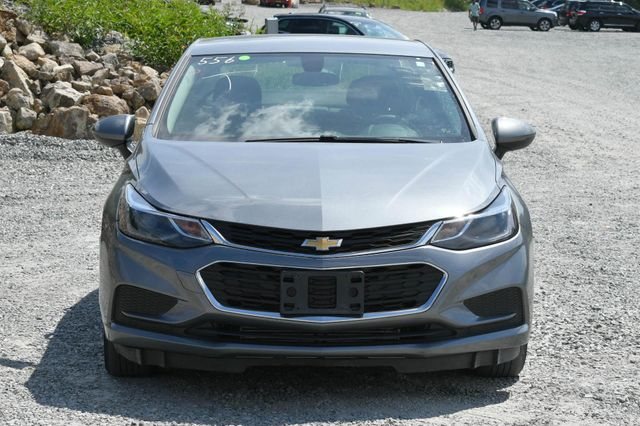 2018 Chevrolet Cruze LT Naugatuck, Connecticut 7