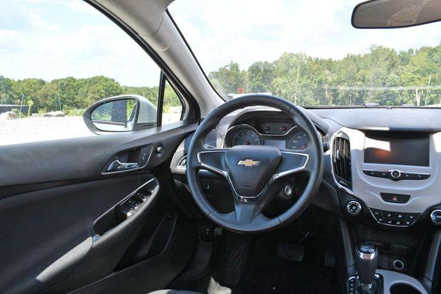 2018 Chevrolet Cruze LS Naugatuck, Connecticut 13