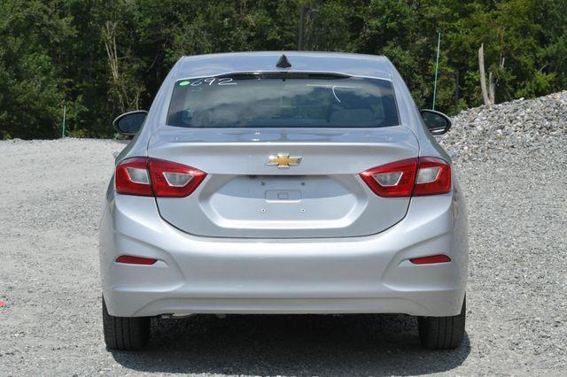 2018 Chevrolet Cruze LS Naugatuck, Connecticut 3