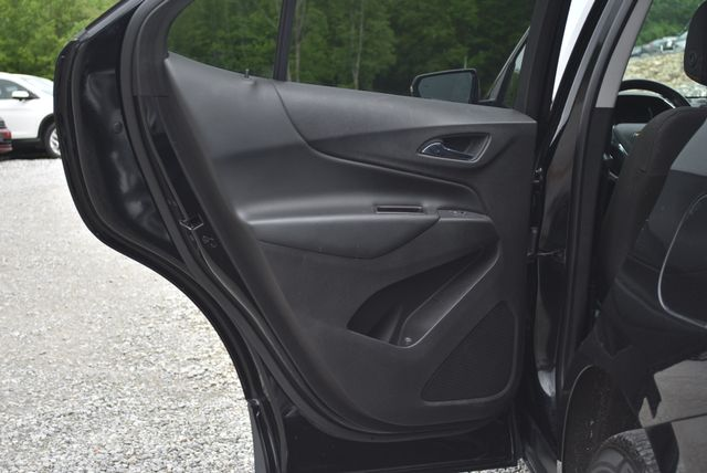 2018 Chevrolet Equinox LT Naugatuck, Connecticut 10
