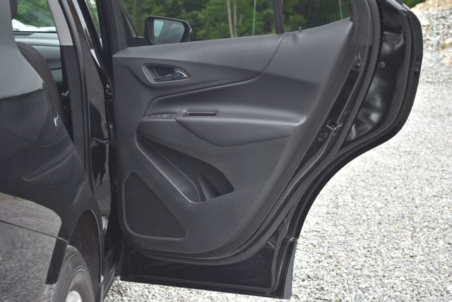 2018 Chevrolet Equinox LT Naugatuck, Connecticut 9