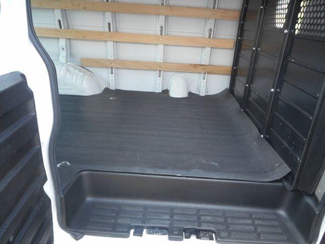 2018 Chevrolet Express Cargo Van in New Windsor, New York 12553