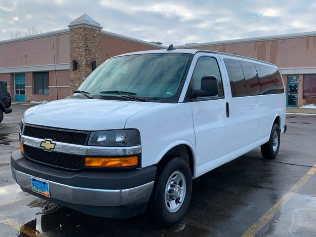 2018 Chevrolet Express Passenger LT Chicago, Illinois 1