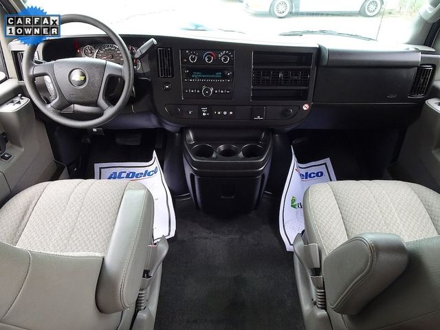 2018 Chevrolet Express Passenger LT Madison, NC 31