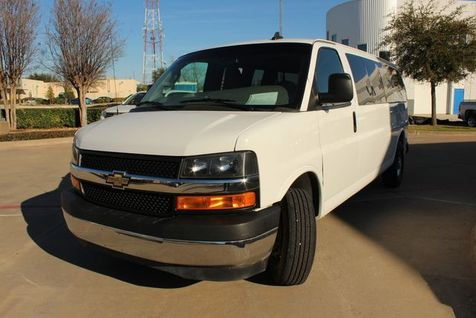 2018 Chevrolet Express Passenger LT | Plano, TX | Consign My Vehicle in Plano, TX