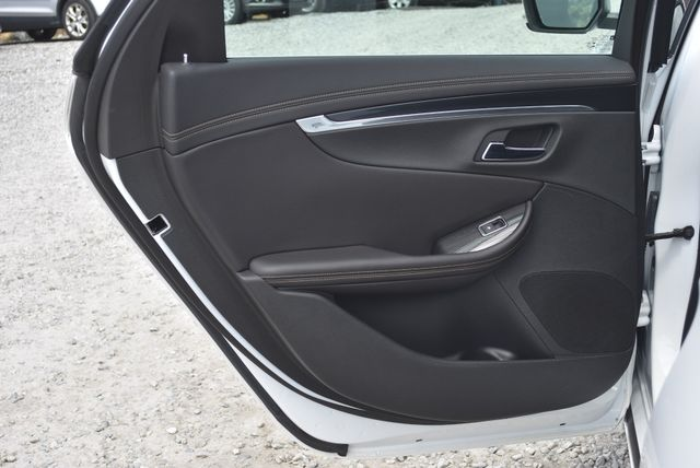2018 Chevrolet Impala LT Naugatuck, Connecticut 12