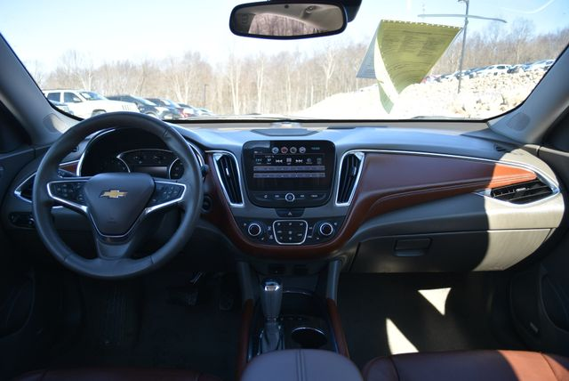 2018 Chevrolet Malibu Premier Naugatuck, Connecticut 15