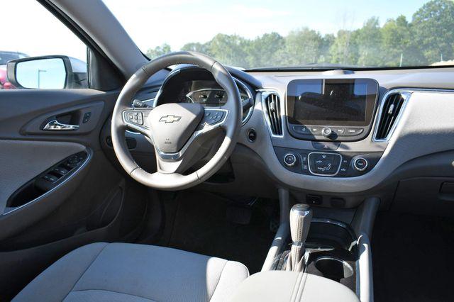 2018 Chevrolet Malibu LT Naugatuck, Connecticut 16