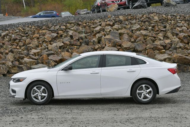 2018 Chevrolet Malibu LS Naugatuck, Connecticut 1