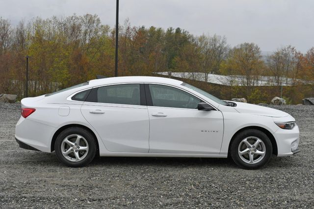 2018 Chevrolet Malibu LS Naugatuck, Connecticut 5