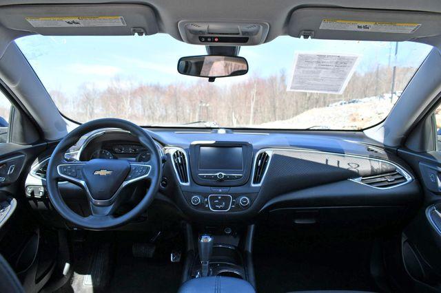 2018 Chevrolet Malibu LT Naugatuck, Connecticut 18