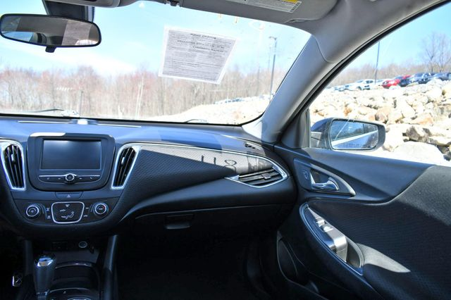 2018 Chevrolet Malibu LT Naugatuck, Connecticut 19