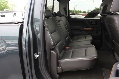 2018 Chevrolet Silverado 1500 High Country 6.2L | Granite City, Illinois | MasterCars Company Inc. in Granite City, Illinois