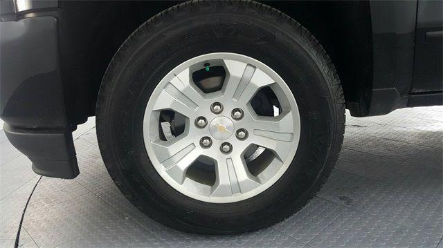 2018 Chevrolet Silverado 1500 LT1 LIFTED W/CUSTOM TIRES AND WHEELS in McKinney Texas, 75070
