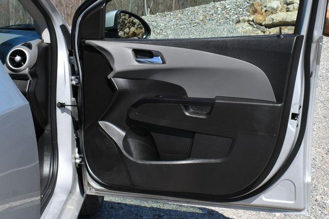 2018 Chevrolet Sonic LT Naugatuck, Connecticut 11