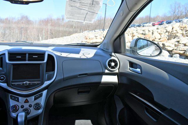 2018 Chevrolet Sonic LT Naugatuck, Connecticut 17