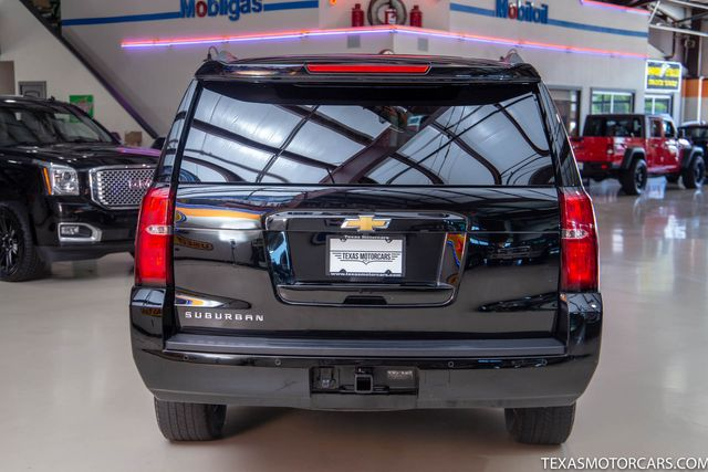 2018 Chevrolet Suburban LT 4x4 in Addison, Texas 75001