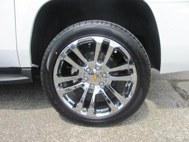 2018 Chevrolet Suburban LT Dickson, Tennessee 5