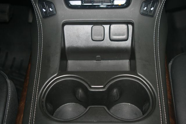 2018 Chevrolet Suburban LT Houston, Texas 15