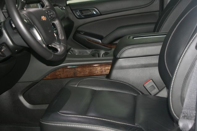 2018 Chevrolet Suburban LT Houston, Texas 21