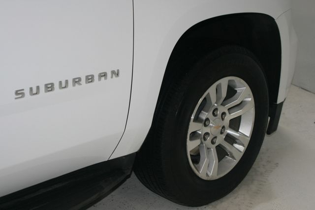 2018 Chevrolet Suburban LT Houston, Texas 9