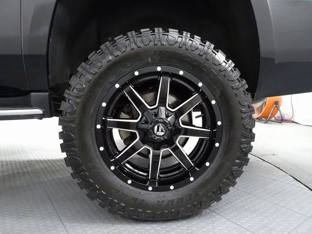 2018 Chevrolet Suburban Premier LIFT/CUSTOM WHEELS AND TIRES in McKinney, Texas 75070