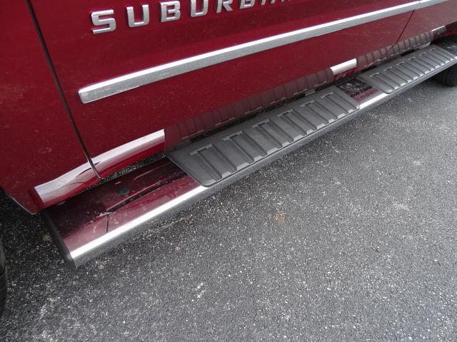 2018 Chevrolet Suburban LT Valparaiso, Indiana 8