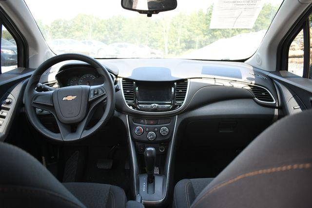 2018 Chevrolet Trax LS Naugatuck, Connecticut 7