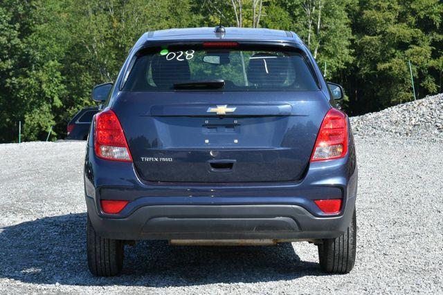 2018 Chevrolet Trax LS Naugatuck, Connecticut 3