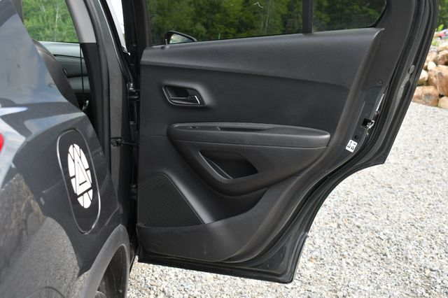 2018 Chevrolet Trax LT Naugatuck, Connecticut 11