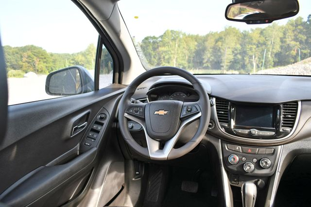 2018 Chevrolet Trax LT Naugatuck, Connecticut 16