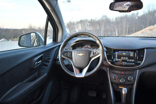 2018 Chevrolet Trax LT Naugatuck, Connecticut 16
