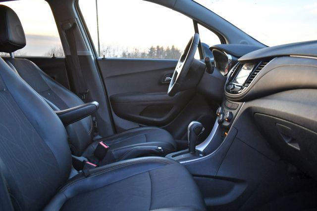 2018 Chevrolet Trax LT Naugatuck, Connecticut 9
