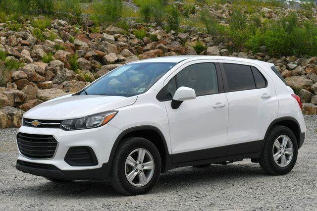 2018 Chevrolet Trax LS Naugatuck, Connecticut 2