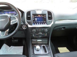 2018 Chrysler 300 Touring Batesville, Mississippi 26
