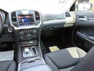 2018 Chrysler 300 Touring Batesville, Mississippi 24