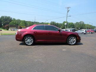 2018 Chrysler 300 Touring Batesville, Mississippi