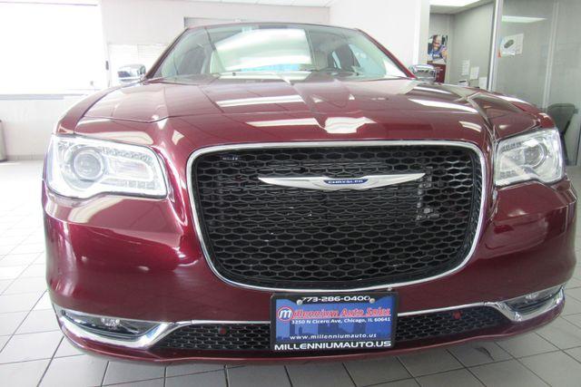 2018 Chrysler 300 Limited W/ NAVIGATION SYSTEM/ BACK UP CAM Chicago, Illinois 1