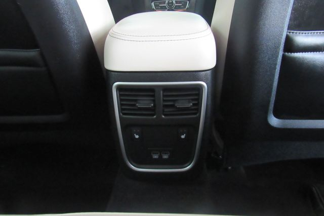 2018 Chrysler 300 Limited W/ NAVIGATION SYSTEM/ BACK UP CAM Chicago, Illinois 12