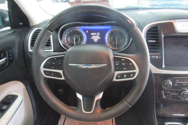 2018 Chrysler 300 Limited W/ NAVIGATION SYSTEM/ BACK UP CAM Chicago, Illinois 16